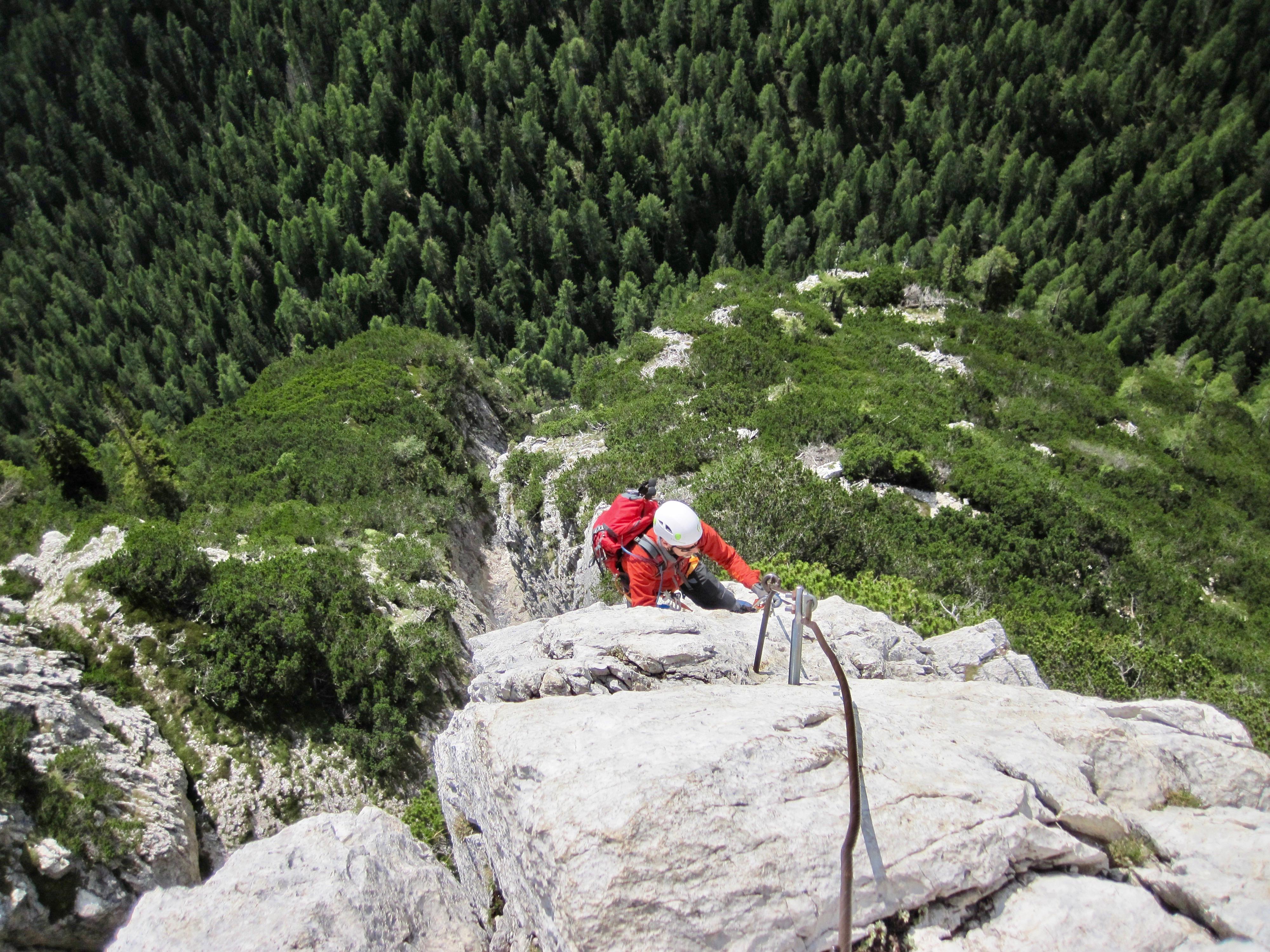 Linearete Bessica Di Loria the col rosa (ettore bovero) via ferrata – trail to peak